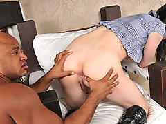 Big Cock Shemale Isabella Wants Anal Sex
